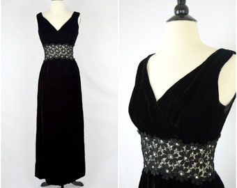 Vintage glam black velvet floor length gown / daisy lace sheer waist evening dress