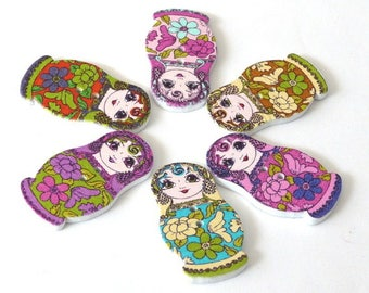 3 large buttons wooden Russian doll matryoshka 30 x 17 mm - 2 holes - multicolored - model 2