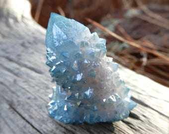 Aqua Aura Spirit Quartz Cluster point specimen 33mm X 28mm