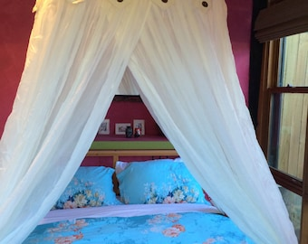 Luxurious 100% cotton bed canopy mosquito net , central hook, square frame 4 openings fits all size beds