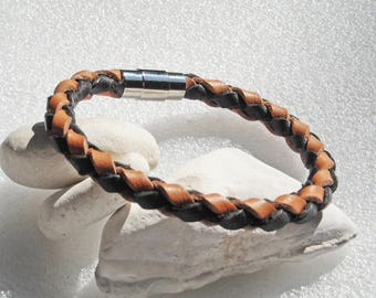 """Men's leather bracelet, two toned brown and black, with stainless steel magnetic clasp.  8.5"""" around, 8mm diameter braclet. #D-01, 8.5 inch"""