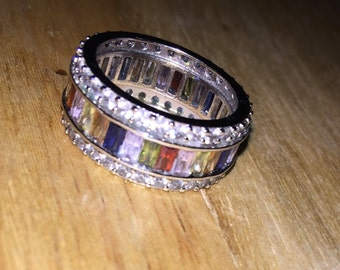 Infinity ring set with baquette style gemstones- multi colored- size 8- silver vintage estate