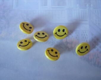 Happy Face Novelty Buttons