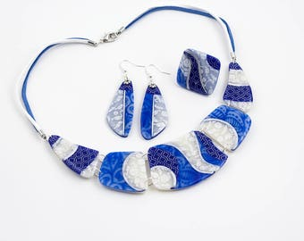Bleu Scintillant Necklace