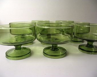 Mid Century Modern Footed Coupe Champagne Glass Sherbert Glasses Set of Eight MidMod Olive Green