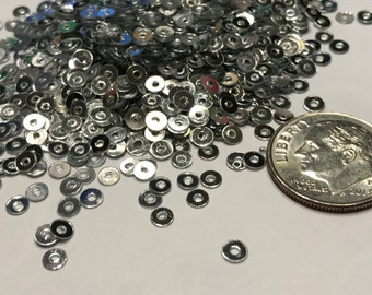 Tiny 3 mm silver color sequins (26)M