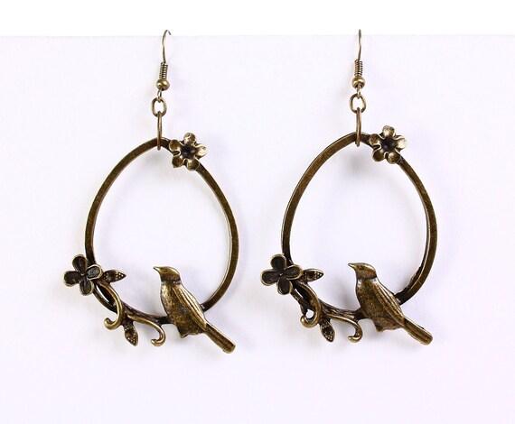 Large antique brass bird flower drop dangle earrings (654)
