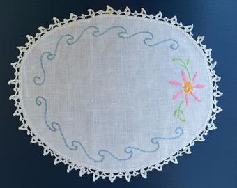 Vintage Embroidered Doilly