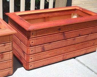 Grady's Favorite - Rectangular planter box.  Available in: Heart Redwood, Western Red Cedar.
