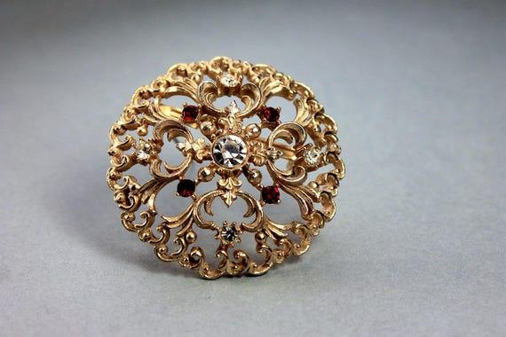Round JJ Brooch, Jonette Jewelry, Clear Rhinestones, Red Rhinestones, Gold Tone, Locking C Clasp, Fashion Pin, Costume Jewelry, Collectible