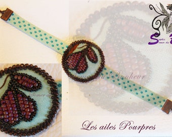 "Fabric ""Les wings purple"" beaded bracelet"