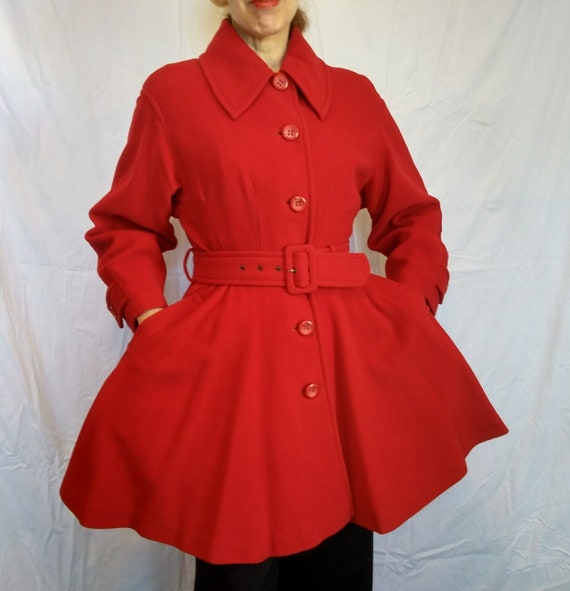 Amazing vintage Byblos red wool coat Made in Italy 1980s New Look