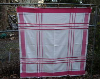 Vintage Red White Plaid Tablecloth Farmhouse Chic Cottage Wedding Decor 1960s