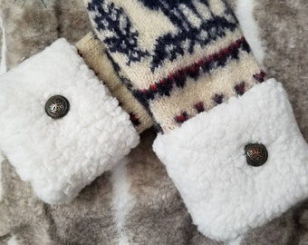 Warm Cozy 100% Wool Upcycled Reclaimed Sweater Mittens Fully Lined With Blizzard Fleece Cream Navy Moose Pattern Soft Faux Fur Cuffs