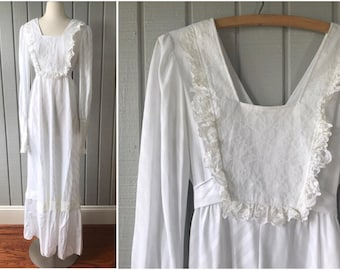 1970s Victorian Peasant Style Wedding Dress   Bohemian Peasant Style Wedding Dress   1970s Bride   70s Wedding Dress   Vintage Clothing