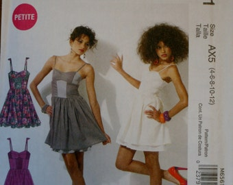 McCall's M6561 Misses/Miss Petite Dress Sewing Pattern New/Uncut Size 4-6-8-10-12