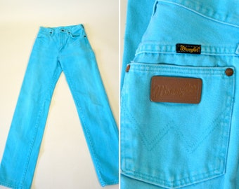 "Vintage 1980's Light Blue High Waist Fitted Straight Leg Wrangler Jeans - Denim Cowgirl Country Girl Pants - Size XXSmall - 25"" Waist"