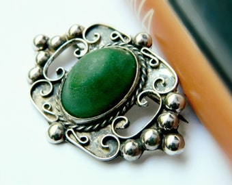 Sterling Silver Green Brooch / Vintage Mexico