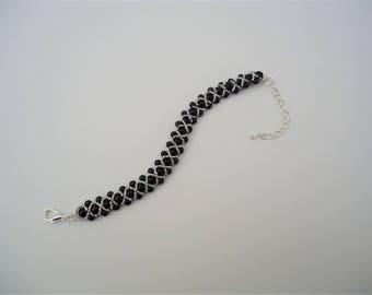 Black Faux Pearl Dainty Embellished Bracelet