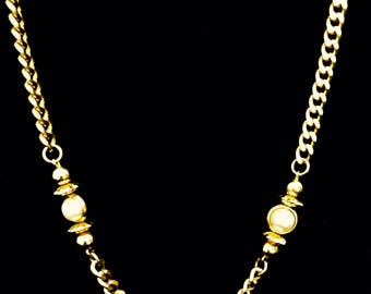 80s Long Pearl and Gold Chain Necklace    GJ2688