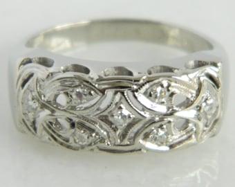 Beautiful Vintage 14K White Gold & Diamond Wedding Band size 6