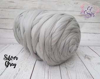 Super chunky 100% Merino Wool Yarn | Giant Yarn | Jumbo Knitting | Extreme Knit | Chunky Blanket | Arm Knitting | Extreme Knitting | Felting