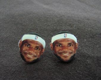 Smiling Lebron James earrings, Cleveland Cavaliers, basketball, Stud