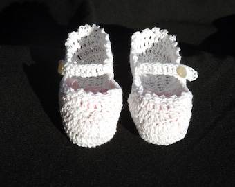 Hand Crocheted Mary Janes, Baby Shoes, Crocheted Baby Shoes, Baby Shower Gift, Photo Shoot Prop, Newborn Shoes