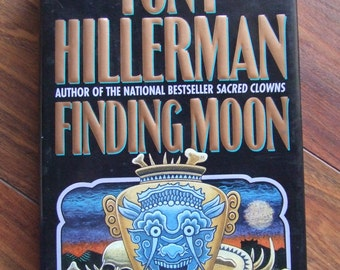 Hardcover-Finding Moon by Tony Hillerman