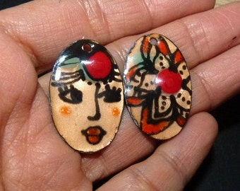 Classy Lady charms enamel on copper, red, black, salmon. 30 x 20 mm-connectors made handmade artisan beads enameled charms