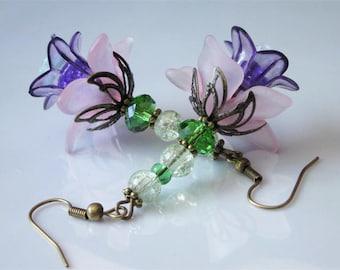 Beaded Flower Earrings, Flower Dangle Earrings, Pink Purple Lucite Flower, Faceted Crystal, Glass Floral Dangle, Lucite Flowers