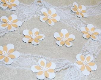 50 pieces Beige FLOWERS Die Cut, White Paper FLOWERS, Paper confetti, FLOWERS for scrapbooking, Wedding table décor, Baby Shower Confetti.