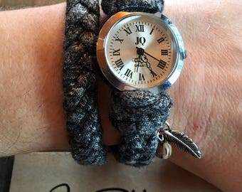 Watch, woven fabrics, gray, feather, adjustable with chain.