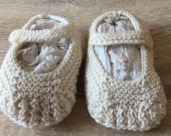 Hand Knitted Baby Mary Jane Shoes.