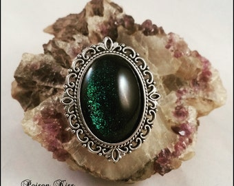 Brooche Green Shadow