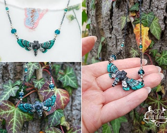 Moth Necklace Green/silver/Black 4.5 cm