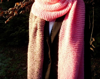 Really long, cosy winter shawl / scarf in pink and brown