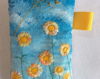 Phone case, mobile phone holder, gift for her, gift for mum, sunflowers, yellow flowers, handmade, embroidered, beaded