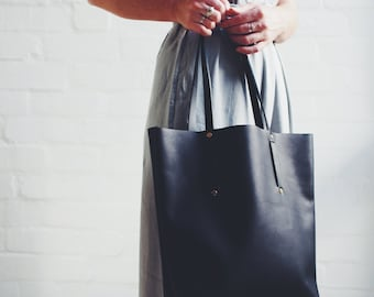 Minimalist Leather Tote Bag Handmade in Melbourne