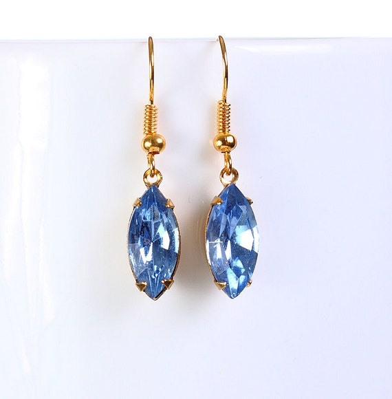 Estate style hollywood blue glass dangle earrings READY to ship (770)