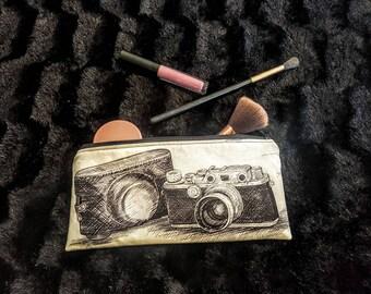 Vintage Camera print make up/pencil case