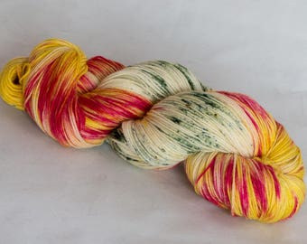 Studio Outtakes:  Hello Dahlia - Merino wool sock yarn