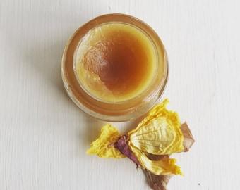 Selenite. natural perfume. frangipani, massoia, sun tan lotion, coconut milk, toasted biscuits. botanical fragrance.