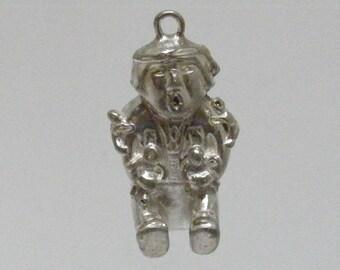 Vintage Southwest Storyteller Pendant in Sterling Silver.... Lot 5821