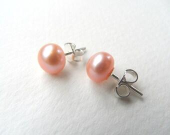 Freshwater pearls earrings, peach freshwater pearl stud earrings, pink freshwater pearls earrings, freshwater pearls stud earrings