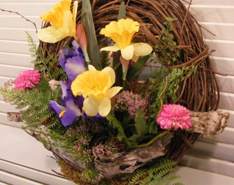 Bright Spring Woodland Wreath