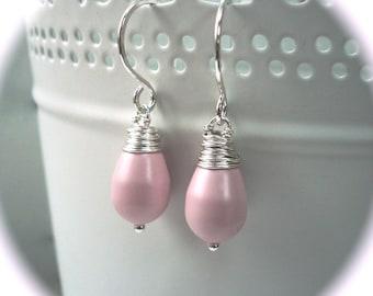 Pale pink earrings - Sterling silver earrings - Light pink earrings - Pearl drop earrings - Simple Earrings - Bridesmaid Jewellery