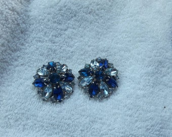Big vintage glass rhinestone clip on earrings