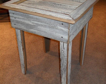 Rustic off-white End Table