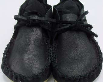 Men's Black Leather Chucka Moccasins